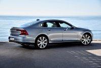 Von außen wirkt der Volvo S90 modern, solide und stattlich