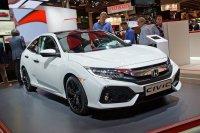 Da wäre der optisch aufregende Honda Civic mit seinen zackigen Linien, mit dem die Kunden für März 2017 rechnen dürfen