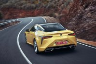 So faszinierend der LC 500 fährt  , so wenig passt der LC500 zum Image von Lexus als verantwortungsbewusste Luxusmarke