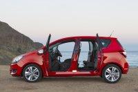 Der Opel Meriva gleicht den engen Fondeinstieg durch clevere Türen aus