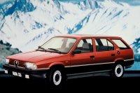 Auch als Kombi namens Giardinetta hat Alfa Romeo den 33 mit 4x4 angeboten