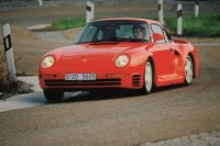 Porsche trieb einst den Allradhype mit dem 315 km/h schnellen 959 technisch auf die Spitze
