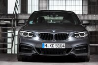 Serienmäßig hat das BMW 2er Coupé künftig LED-Scheinwerfer
