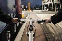 Mit Bike-Flash sollen abbiegende Autos vor herannahenden Radfahrern gewarnt werden