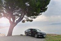 Der 1,6-Liter-Turbo-Benziner macht im Insignia eine gute Figur und ist ab 35.195 Euro zu haben