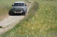 Nach fast 70 Jahren hat Land Rover den Defender erneuert