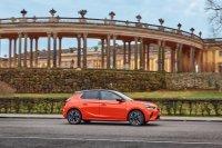 Im Sportmodus kommt der elektrische Corsa auf 100 kW/136 PS