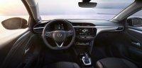 Der elektrische Corsa setzt anders als seine Konzerngeschwister Peugeot 208-e und DS3 Crossback E-Tense auf ein sachlich gestaltetes Interieur