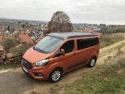 Das auf Outdoor-Fans und junge Familie zugeschnittene Fahrzeug konkurriert mit dem Klassenprimus VW California oder dem Mercedes Marco Polo