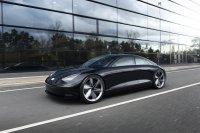 Der Unterbau des Prophecy mit 800-Volt-Technik und Heckantrieb wird als Basis für eine Reihe kommender E-Performance-Fahrzeuge dienen