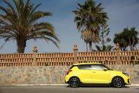 Der Suzuki Swift Sport streckt sich auf eine Länge von 3,89 Metern