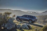 Das auf einer neuen Plattform aufbauende Luxus-SUV lässt sich mit den bekannten 4x4-Systemen ordern