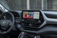 Ähnlich üppig wie das Auto ist auch der Touchscreen dimensioniert
