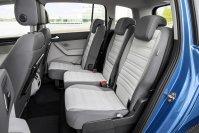 Der als 5 -oder 7-Sitzer – immer mit Einzelsitzen - erhältliche Touran bietet in der Standard-Sitzkonfiguration zwischen 834 und 1.980 Liter Kofferraumvolumen, der Siebensitzer kommt auf Werte zwischen 137 und 1.857 Litern