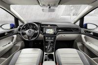Das Interiuer kennt man aus anderen VW-Modellen