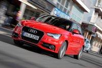 Zunächst startete der kleinste Audi als Dreitürer, 2012 schob Audi die fünftürige Variante (Sportback) nach